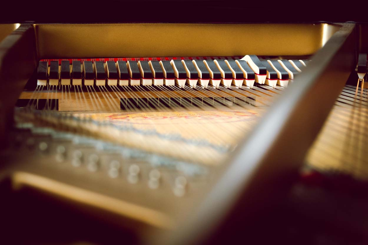 Akustische Klaviere
